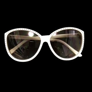 このコーデで使われているサングラス[ホワイト]