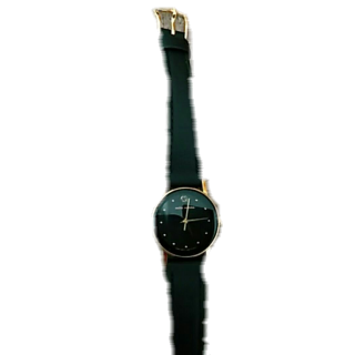 このコーデで使われているmila schonの腕時計[ブラック/ゴールド]
