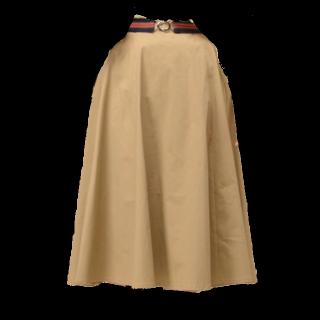 このコーデで使われているnatural coutureのフレアスカート[ベージュ]