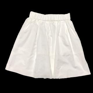 このコーデで使われているJILLSTUARTのひざ丈スカート[ホワイト]