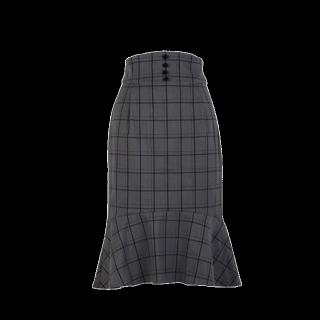 このコーデで使われているF i.n.tのタイトスカート[グレー]