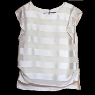 このコーデで使われているE hyphen world galleryのTシャツ/カットソー[ベージュ/ホワイト/ゴールド]