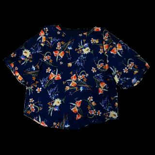 このコーデで使われているMANGOのTシャツ/カットソー[ネイビー]