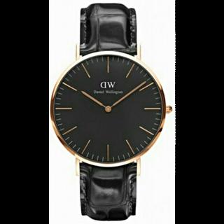 このコーデで使われているDaniel Wellingtonの腕時計[ブラック/ゴールド]