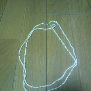 このコーデで使われているNOJESSのネックレス[ホワイト]