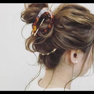 不明のヘアアクセサリー