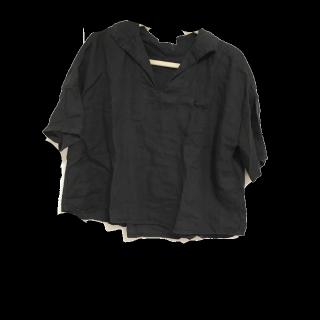 このコーデで使われているbulle de savonのTシャツ/カットソー[ブラック]