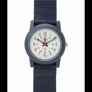 このコーデで使われているTIMEXの腕時計[ネイビー/ホワイト]