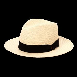 このコーデで使われているNATURAL BEAUTY BASICの帽子[ベージュ]