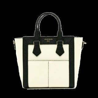 このコーデで使われているCOLE HAANのハンドバッグ[ホワイト/ブラック]