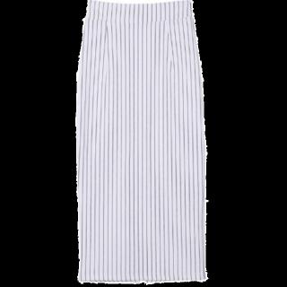 このコーデで使われているタイトスカート[ホワイト/グレー]
