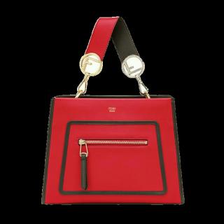 このコーデで使われているFENDIのハンドバッグ[レッド]