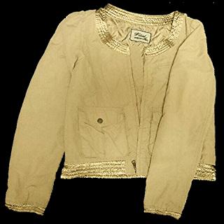 w closetのノーカラージャケット