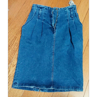 このコーデで使われているデニムスカート[ブルー]