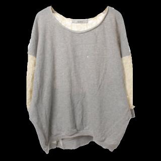このコーデで使われているLily BrownのTシャツ/カットソー[グレー]