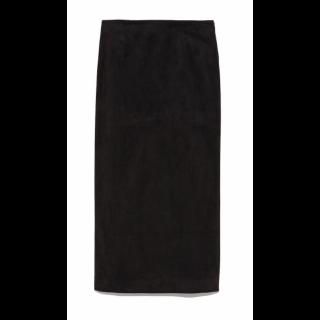このコーデで使われているsnidelのタイトスカート[ブラック]