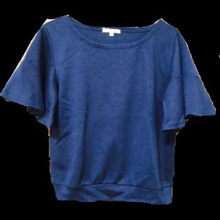 このコーデで使われているしまむらのTシャツ/カットソー[ネイビー]