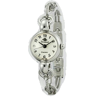 このコーデで使われているRosemontの腕時計[シルバー]