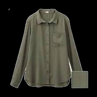 このコーデで使われているGUのシャツ/ブラウス[カーキ]