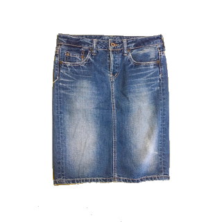 このコーデで使われているJohnbullのデニムスカート[ブルー]