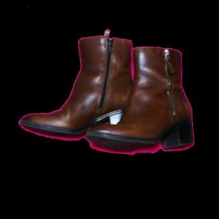 naturalizerのブーツ