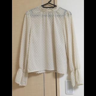 このコーデで使われているw closetのシャツ/ブラウス[ホワイト]