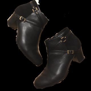 このコーデで使われているcava cavaのブーツ[ブラック]