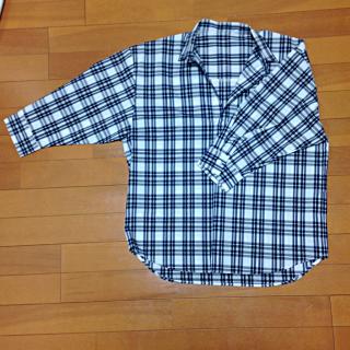 このコーデで使われているROPE' PICNICのシャツ/ブラウス[ホワイト/ネイビー]
