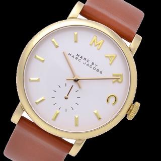 このコーデで使われているMARC JACOBSの腕時計[ブラウン]