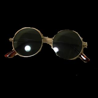 390マートのサングラス