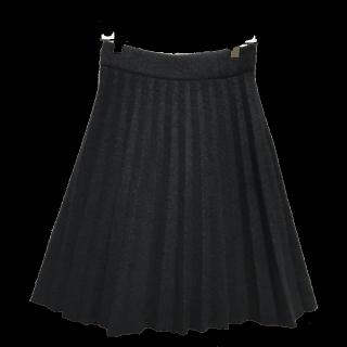 EMPORIO ARMANIのひざ丈スカート