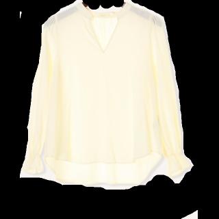 このコーデで使われているTe chichiのシャツ/ブラウス[ホワイト]