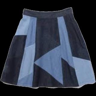 このコーデで使われているRay BEAMSのひざ丈スカート[ブルー/ネイビー]