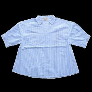 このコーデで使われているHeart Marketのシャツ/ブラウス[ネイビー/ホワイト]