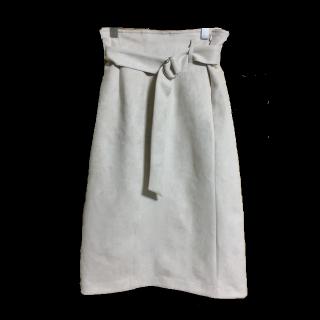 ROSE BUDのひざ丈スカート