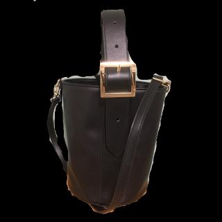 このコーデで使われているGUのハンドバッグ[ブラック]