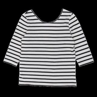 このコーデで使われているUngridのTシャツ/カットソー[ブラック/ホワイト]