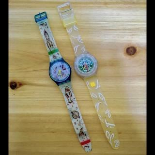このコーデで使われているSwatchの腕時計[グリーン/ホワイト/イエロー/ブルー]