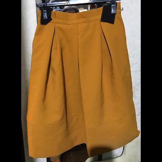 mandoのひざ丈スカート