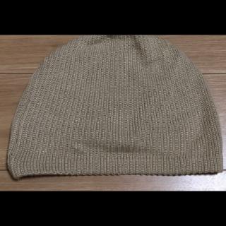 このコーデで使われているニット帽[キャメル]