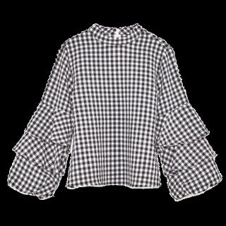 このコーデで使われているZARAのシャツ/ブラウス[ホワイト/ブラック]