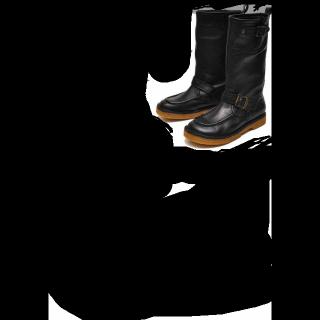 このコーデで使われているYOSUKEのブーツ[ブラウン]