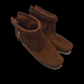 Minnetonkaのブーツ