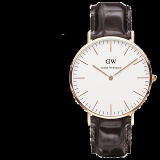 このコーデで使われているDWの腕時計[ブラック]