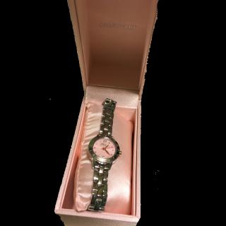 このコーデで使われているJILLSTUARTの腕時計[シルバー/ピンク]