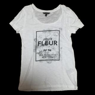 このコーデで使われているBanana RepublicのTシャツ/カットソー[ホワイト]