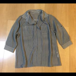 このコーデで使われているINDEXのシャツ/ブラウス[ネイビー]