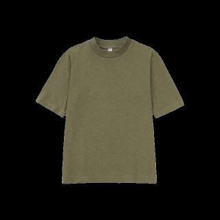 このコーデで使われているUNIQLOのTシャツ/カットソー[カーキ]