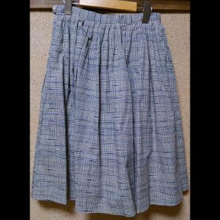 このコーデで使われているスカート[ホワイト/ブルー]