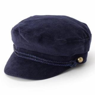 このコーデで使われているTHE EMPORIUMの帽子[ブルー]